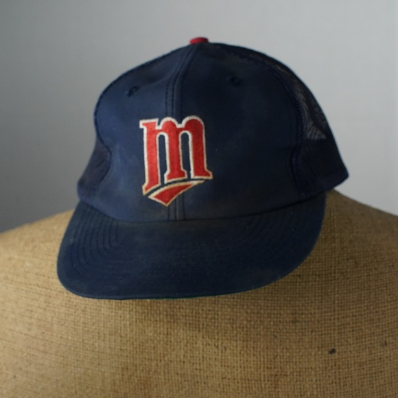 7cd90d1450776 Vintage minnesota twins snapback baseball hat. M 5ad604735512fd41696e83f8